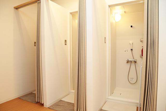 ワールドウィング神戸シャワールーム